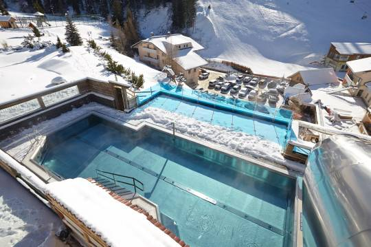 Hallenbad & Outdoor-Pool